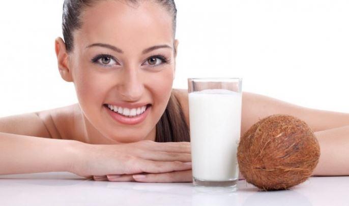 Очищение организма кокосовым маслом с водой