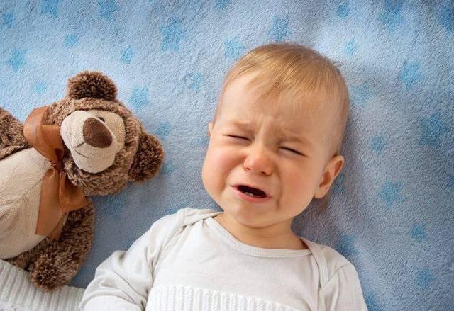 Что делать если болит живот у ребенка 4-х лет