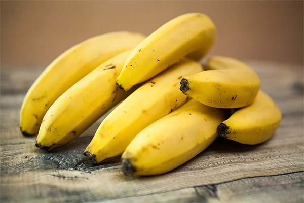 Чем опасны бананы при лактации