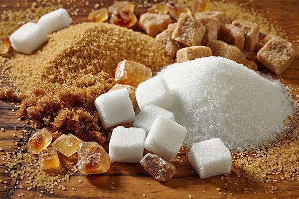 Чем отличается коричневый сахар от обычного