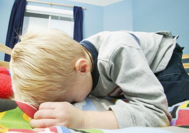 Что дать ребенку при рвоте и тошноте