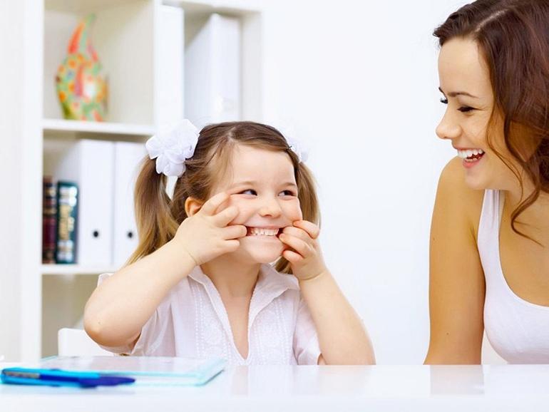 Дизартрия у детей: что это, признаки, симптомы и лечение
