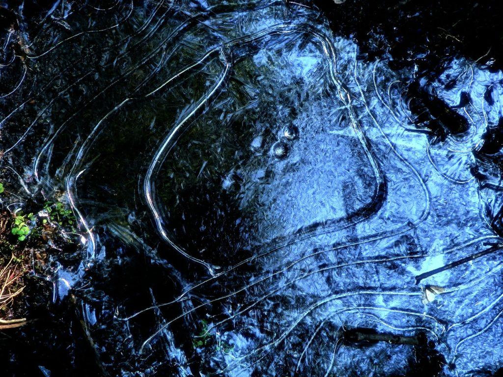 Замерзание воды: как замерзает вода, как влияет атмосферное давление, как меняет свои физические свойства