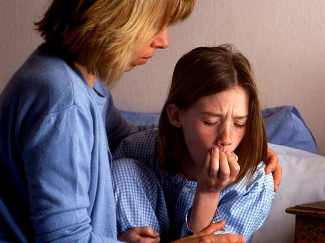 Как снять приступ кашля у ребенка ночью?