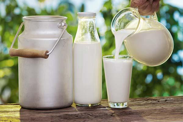 Как правильно употреблять молоко