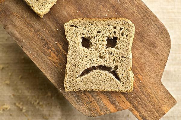 Как сделать черствый хлеб мягким