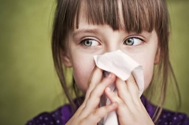 Как снять отек в носу у ребенка?