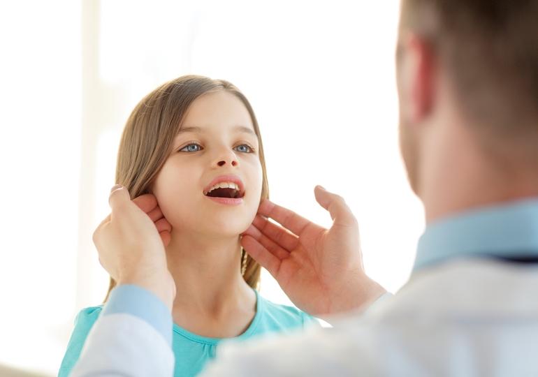 Лимфаденит на шее у ребенка причины, симптомы и лечение