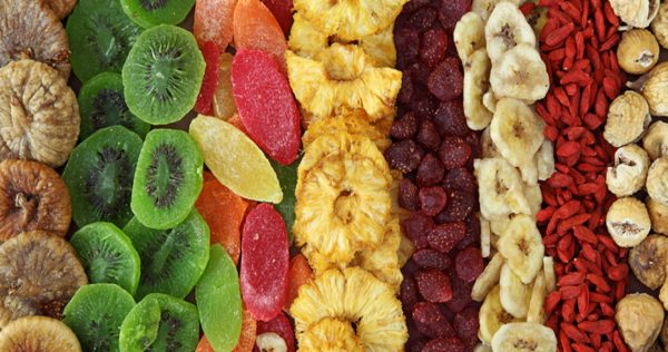 mix of dried fruits1