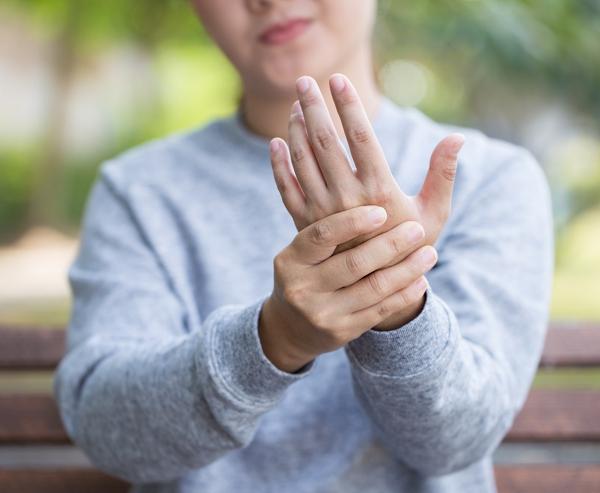 Боль в руке при полинейропатии