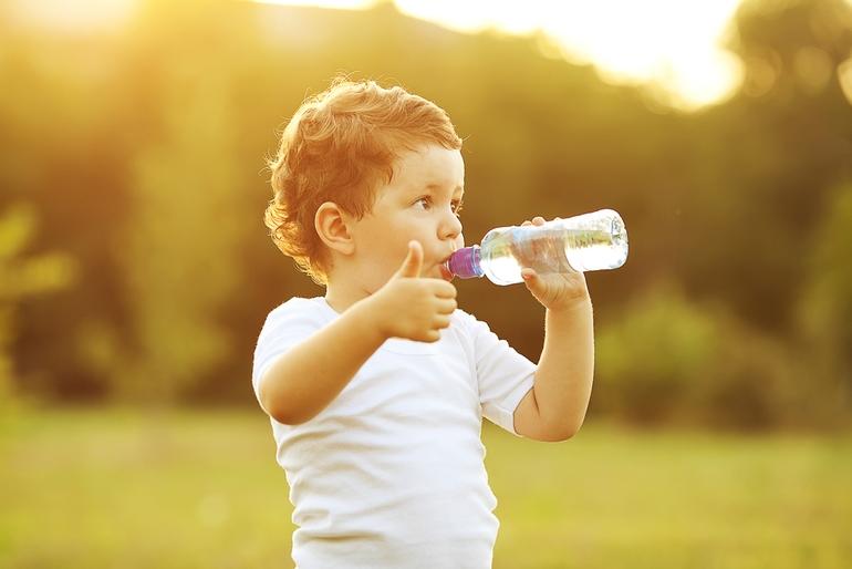 Признаки и симптомы обезвоживания организма у ребенка